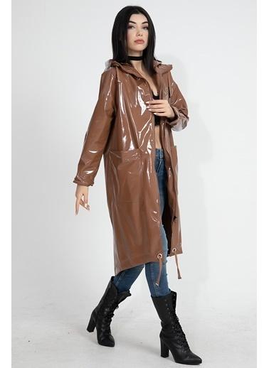 Vpr Moda Vpr Moda Kapüşonlu Reglan Kollu Rugan Su GeÇirmez Uzun Kadın Yağmurluk Taba